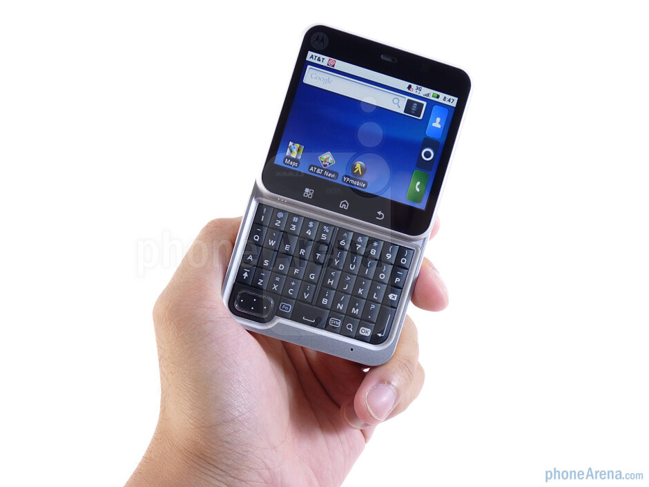 The Motorola FLIPOUT has a a twist-out form-factor - Motorola FLIPOUT for AT&T Review