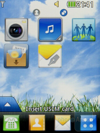 Home screens of the LG Cookie 3G - LG Cookie 3G Review