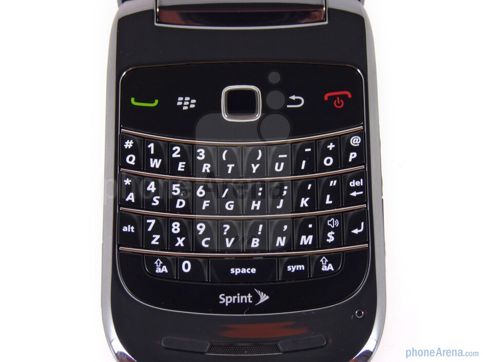 QWERTY keyboard - RIM BlackBerry Style Review