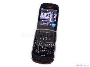 RIM BlackBerry Style Review