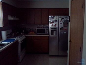 Low light - Indoor samples - LG Optimus S Review