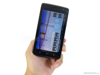 The Dell Streak has sleek and streamlined body - Dell Streak Review