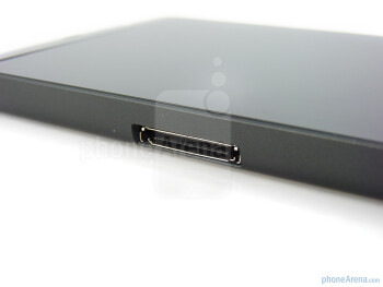 The proprietary 30-pin port - The sides of the device - Dell Streak Review