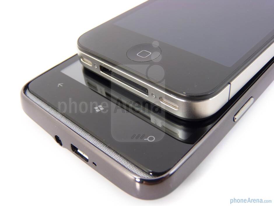 Physical buttons on the Apple iPhone 4 (top) and the HTC HD7 (bottom) - HTC HD7 vs Apple iPhone 4