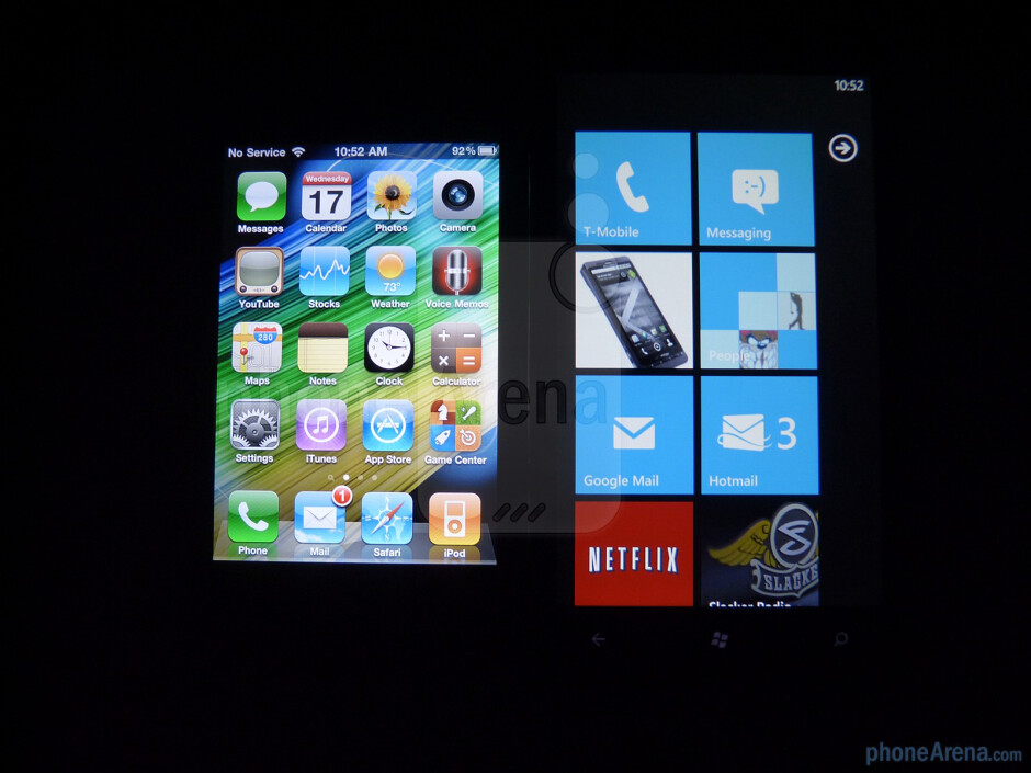 The Retina Display of the iPhone 4 (left) has more luminance and better viewing angles than the HTC HD7 (right) - HTC HD7 vs Apple iPhone 4
