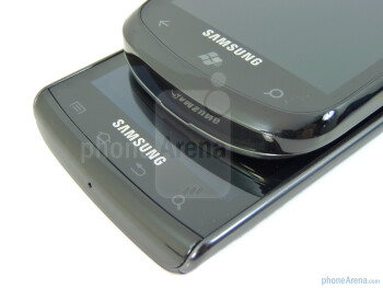 The top and bottom side of the Samsung Focus (top) and the Samsung Captivate (bottom) - Samsung Focus vs Samsung Captivate