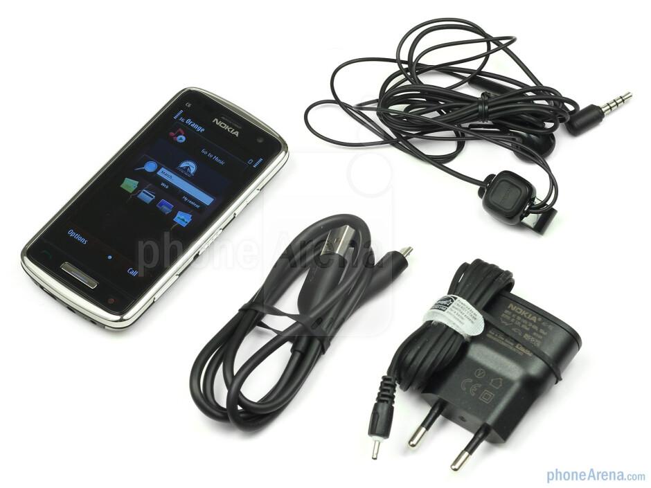 Nokia C6-01 Review