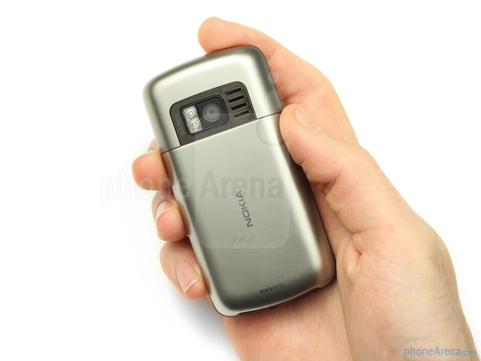 The Nokia C6-01 has a metal chassis - Nokia C6-01 Review