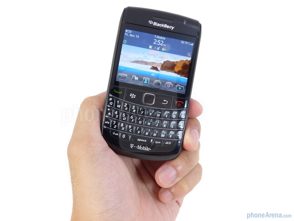 The RIM BlackBerry Bold 9780 has a catching industrial design and solid construction - RIM BlackBerry Bold 9780 Review