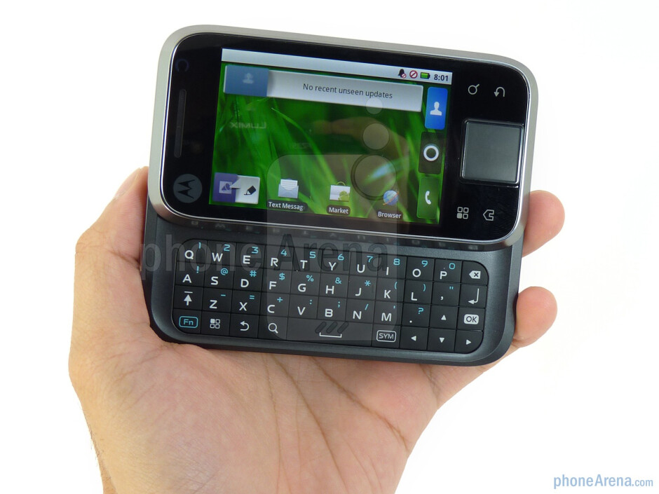 The Motorola FLIPSIDE has a side sliding form factor - Motorola FLIPSIDE Review