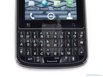 "The Motorola DROID Pro features a 3.1"" display and a physical keyboard - Motorola DROID Pro Review"