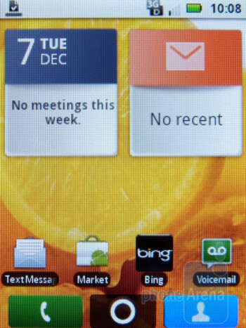 Home screen - The interface of the Motorola CITRUS - Motorola CITRUS Review