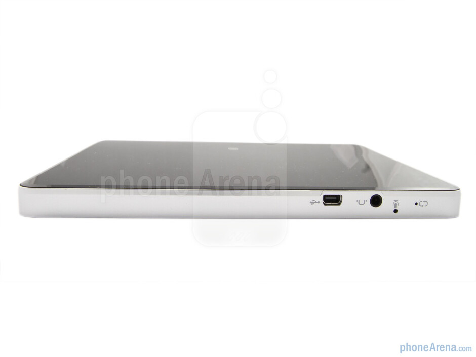 The sides of the tablet - ViewSonic ViewPad 7 Review