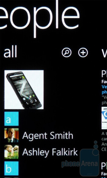 """The address book is blended with the """"People"""" Hub - Dell Venue Pro Review"""