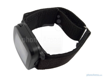 You can use the Sony Ericsson LiveView as a watch - Sony Ericsson LiveView Review