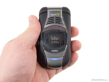 The Sanyo Taho has a professional, almost elegant design - Sanyo Taho Review