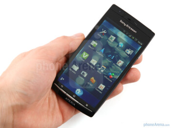 The arched profile makes the Sony Ericsson Xperia arc more comfortable to hold and handle - Sony Ericsson Xperia arc Preview