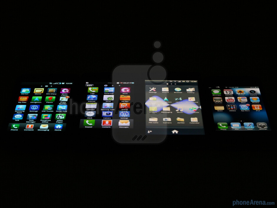 Viewing angles of the Samsung Galaxy S, the Samsung Wave II, the Sony Ericsson Xperia arc, and the Apple iPhone 4 - Sony Ericsson Xperia arc Preview