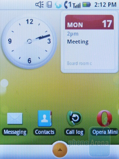 The Motorola i886 is actually an Android-based device - Motorola i886 Review