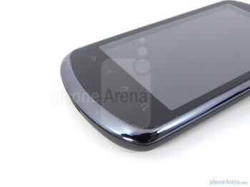 """There are 4 capacitive buttons beneath the 3.8"""" WVGA display - Huawei IDEOS X5 Preview"""