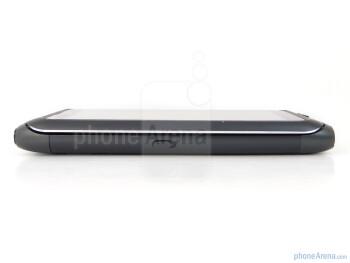 The sides of the Nokia E7 - Nokia E7 Preview