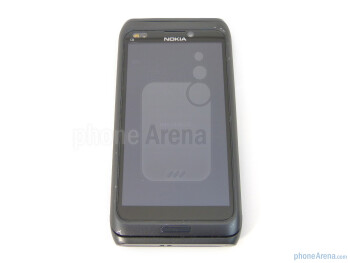 """The Nokia E7 has an ample 4"""" AMOLED Clear Black Display - Nokia E7 Preview"""
