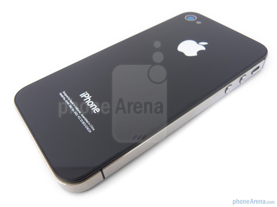 The 5-megapixel auto-focus camera with a LED flash is located on the back - Verizon iPhone 4 Review