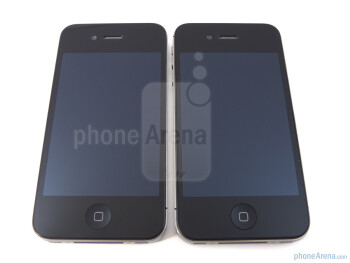 Design-wise, the AT&T iPhone 4 (Left) is almost identical to the Verizon iPhone 4 (Right)  - Verizon iPhone 4 vs AT&T iPhone 4