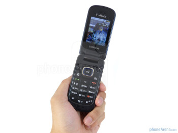 The Samsung T259 is a basic clamshell handset that feels extremely light weight in the hand - Samsung T259 Review