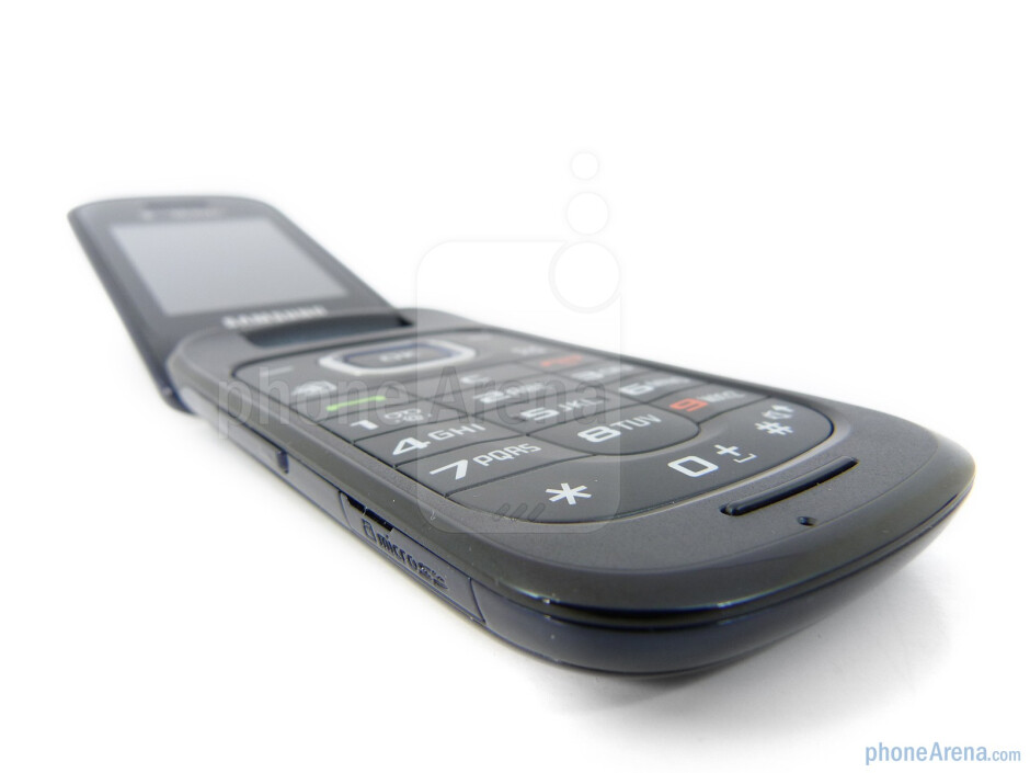 The numeric keypad offers a near perfect tactile response when pressed - Samsung T259 Review