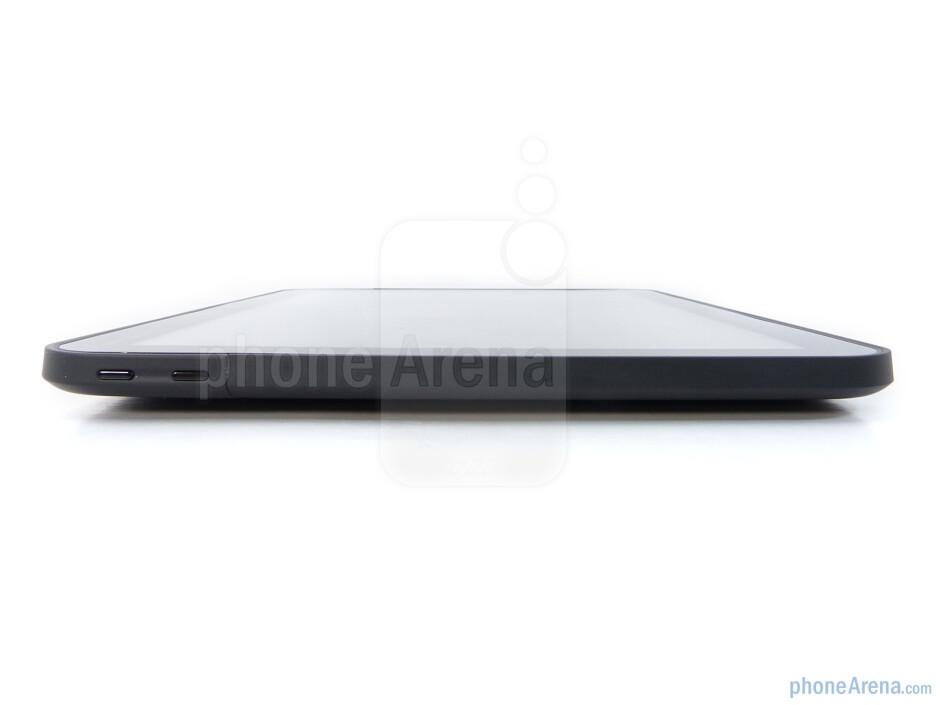 The sides of the Motorola XOOM - Motorola XOOM Review