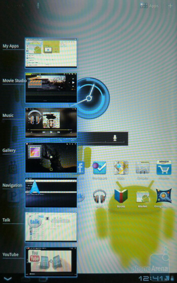 The interface of the Motorola XOOM in portrait mode - Motorola XOOM Review