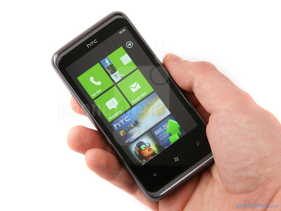 The HTC 7 Pro has company's typical solid build quality - HTC 7 Pro Review
