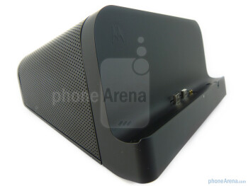 The Speaker Dock - Motorola XOOM Standard and Speaker docks Review