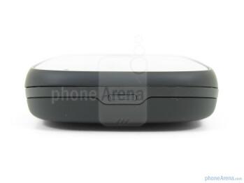 The sides of the Palm Pre 2 - Verizon Pre 2 Review