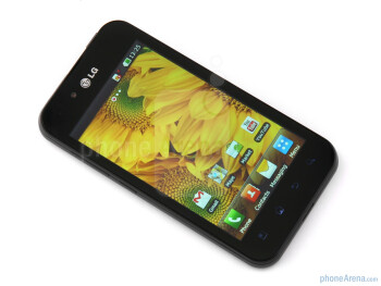 The LG Optimus Black features a new screen technology – NOVA display - LG Optimus Black Preview