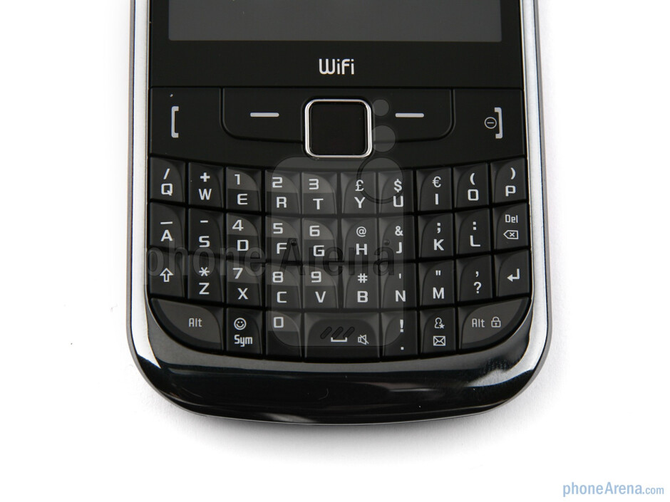 The Samsung Ch@t 335 has a full QWERTY keyboard - Samsung Ch@t 335 Preview