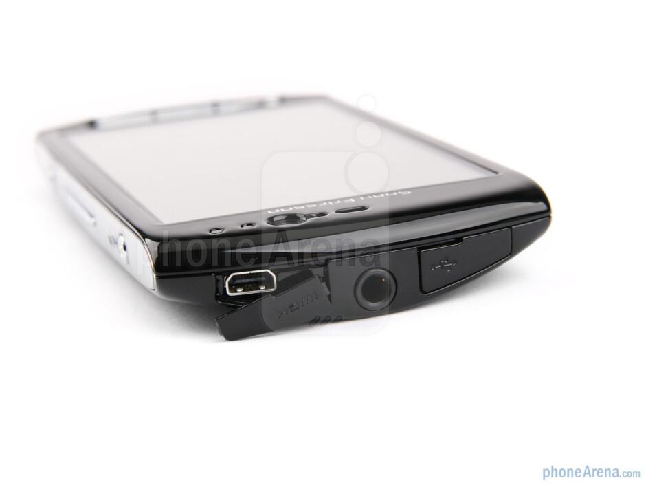 Sony Ericsson Xperia neo Preview