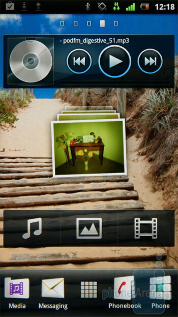 The UX interface of the Sony Ericsson Xperia neo - Sony Ericsson Xperia neo Preview