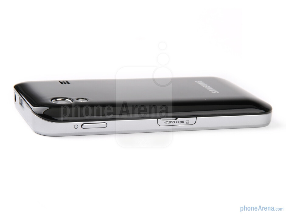 The right side - The sides of the Samsung Galaxy Ace - Samsung Galaxy Ace Review