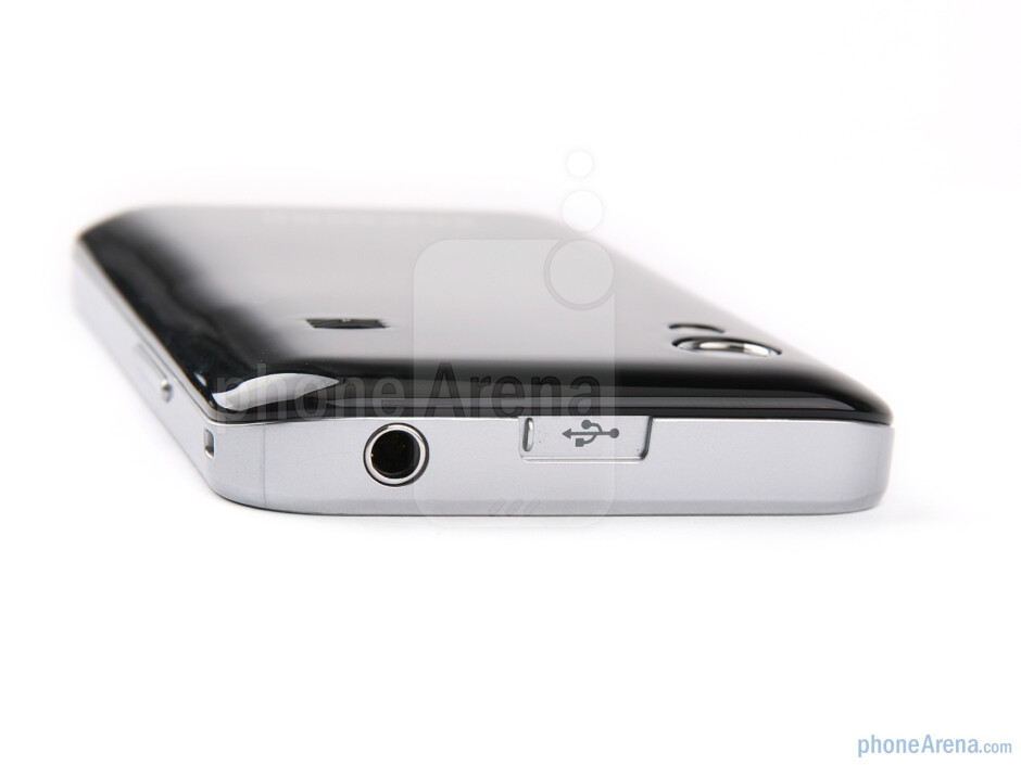 The sides of the Samsung Galaxy Ace - Samsung Galaxy Ace Review