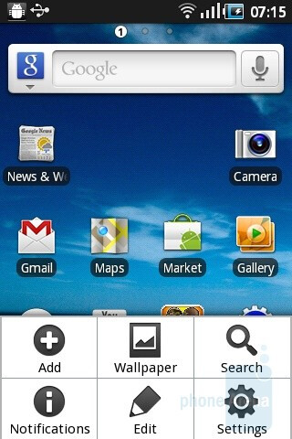 The homescreen and the main menu of the Samsung Galaxy Ace - Samsung Galaxy Ace Review