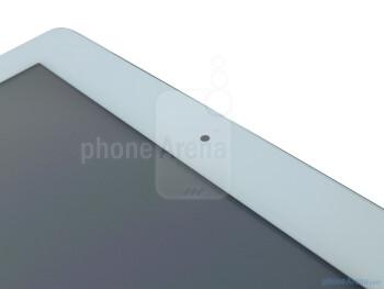 Front facing camera - Apple iPad 2 Review