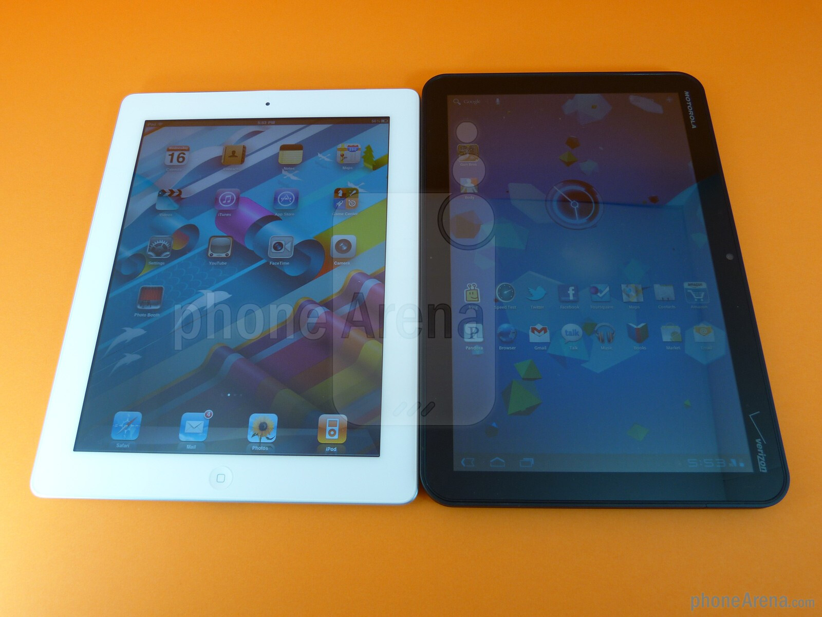 Motorola Xoom vs Ipad 2 Apple Ipad 2 vs Motorola Xoom