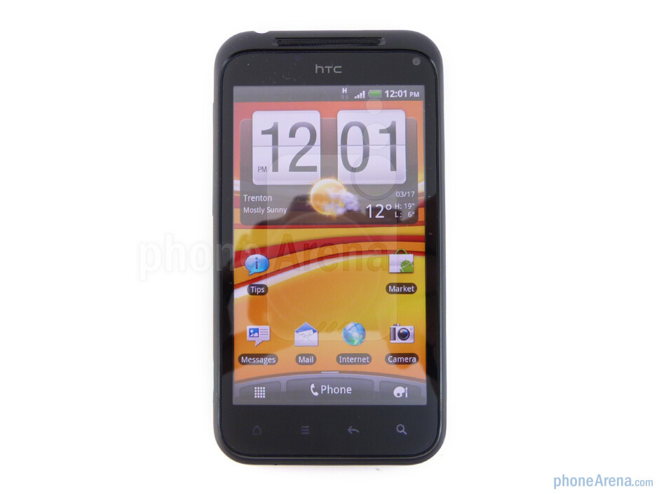 """The HTC Incredible S boasts a 4"""" Super LCD capacitive display - HTC Incredible S Review"""