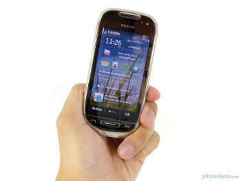 The Nokia Astound is perfectly sized for the hand and is well balanced - Nokia Astound Review