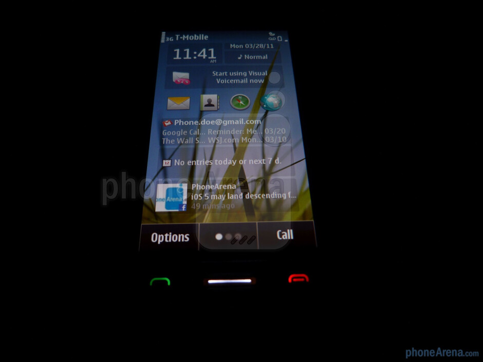 Viewing angles are acceptable - Nokia Astound Review
