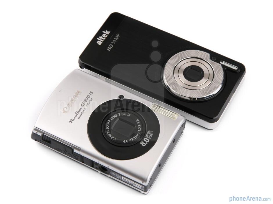 altek Leo (R) and Canon SD870 IS (L) - altek Leo Preview