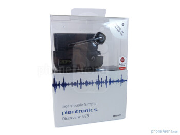 The packaging of the Plantronics Discovery 975 - Plantronics Discovery 975 Review