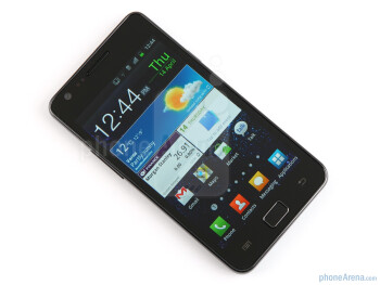 The Super AMOLED Plus display is 18% thinnerthan the previous generation - Samsung Galaxy S II Preview
